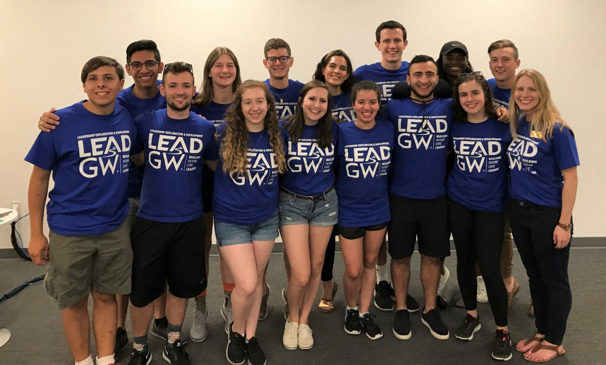 Group photo of LEAD GW 2019 student guides