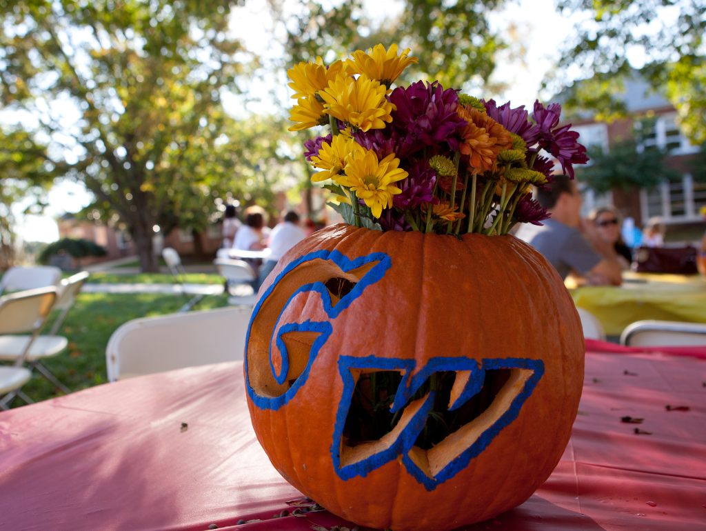"Carved pumpkin with ""GW"""